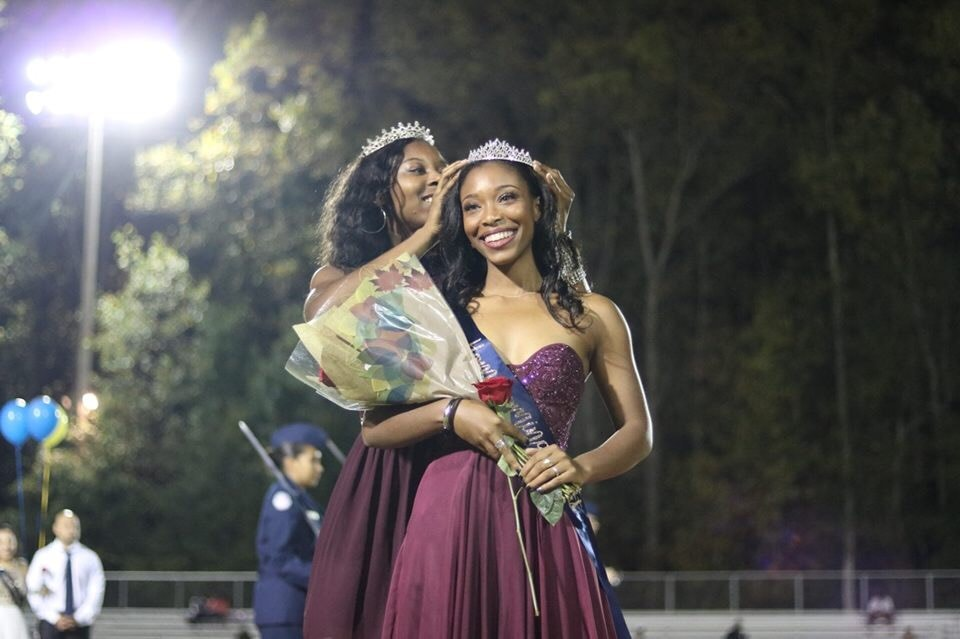 Aiyana Willoughby was crowned 2017 homecoming queen.