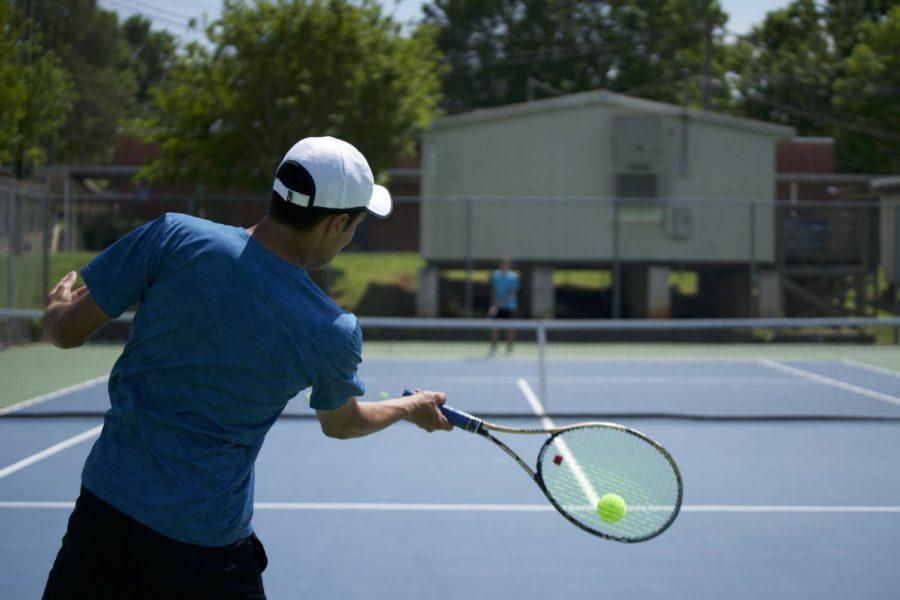 Boys+tennis+serves+record-setting+season