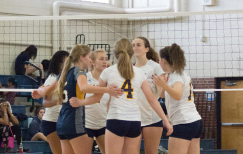 East Meck volleyball struggles in loss to Myers Park